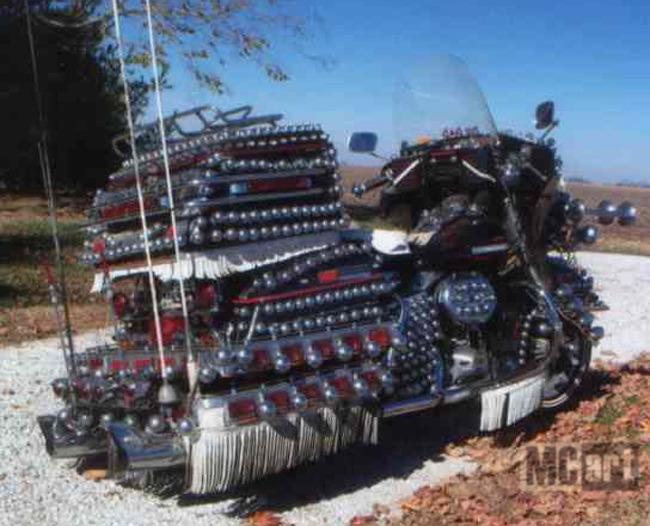 Japonaises - customisations/modifications Harley-Dresser-balls-2