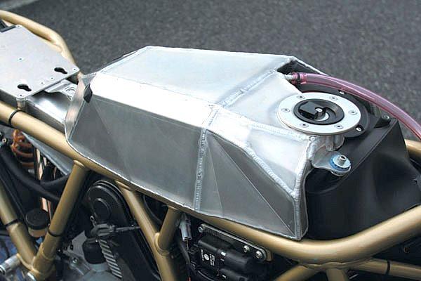 Ducati Deux soupapes - Page 4 Detail02_b