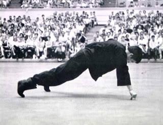 Lý Tiểu Long - Bruce Lee - Hình ảnh Lý Tiểu Long TopFighter2039-BruceLee_33539dde68e489101f72df2bfd34cb89