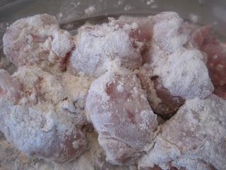 Moroccan White Beans (Loubia ou Ful Gnawa) with chicken / Haricots blancs secs au poulet à la marocaine (Loubia) IMG_0540