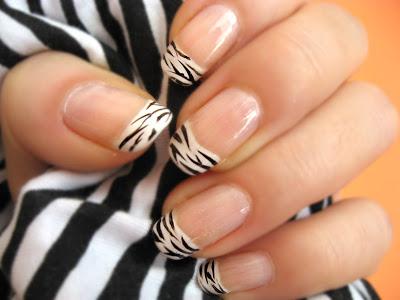 Slike dekoracija noktiju koji se vama sviđaju Zebra_Nail_Polish_5_by_xzibitka
