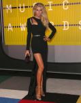"Charlotte McKinney ""2015 MTV Video Music Awards at Microsoft Theater in Los Angeles"" (30.08.2015) 33x  updated x3 5cKQzqra"
