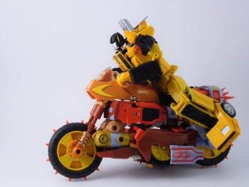 [KFC Toys] Produit Tiers - Jouets Crash Hog (aka Wreck-gar/Ferraille), Dumpyard (aka Junkyard/Décharge) et autres Junkions/Ferrailleurs 9iul2W5D