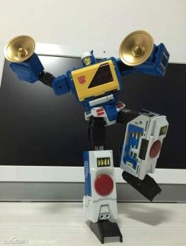 [KFC Toys] Produit Tiers - Jouet Transistor (aka Blaster/Tempo) + DoubleDeck (Twincast) + Fader (aka Eject/Éjecteur) + Rover (aka Autoscout) 9r9MXh7z