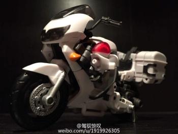 [MakeToys] Produit Tiers - Jouet MTCM-04 Guardia (aka Protectobots - Defensor/Defenso) - Page 2 ACRWyZwq