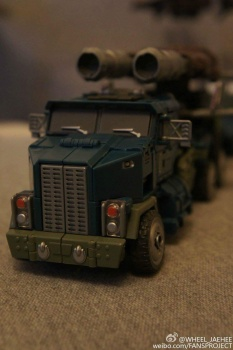 [Warbotron] Produit Tiers - Jouet WB01 aka Bruticus - Page 5 ADp6ovkR