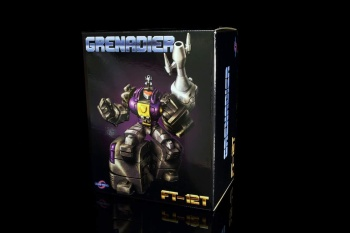 [Fanstoys] Produit Tiers - Jouet FT-12 Grenadier / FT-13 Mercenary / FT-14 Forager - aka Insecticons - Page 2 CFzuEpz6