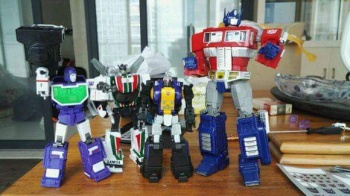 [Fanstoys] Produit Tiers - Jouet FT-12 Grenadier / FT-13 Mercenary / FT-14 Forager - aka Insecticons - Page 2 DQo2pRrf