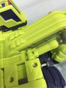 [Toyworld] Produit Tiers - Jouet TW-C Constructor aka Devastator/Dévastateur (Version vert G1 et jaune G2) - Page 3 F6WV7kAb