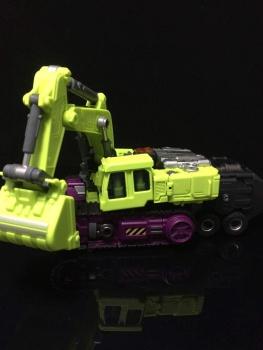 [Generation Toy] Produit Tiers - Jouet GT-01 Gravity Builder - aka Devastator/Dévastateur - Page 3 GCYZiF8f
