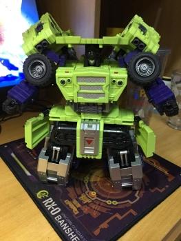 [Toyworld] Produit Tiers - Jouet TW-C Constructor aka Devastator/Dévastateur (Version vert G1 et jaune G2) - Page 6 LHxX4mC2
