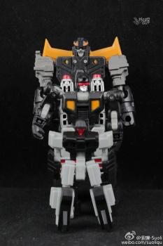 [DX9 Toys] Produit Tiers - Jouet D-06 Carry aka Rodimus et D-06T Terror aka Black Rodimus - Page 2 Lp7Zs3QD