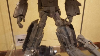 [Mastermind Creations] Produit Tiers - R-17 Carnifex - aka Overlord (TF Masterforce) MiHiBSJo