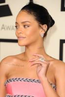 Rihanna  57th Annual GRAMMY Awards in LA 08.02.2015 (x79) updatet N5En7DVD