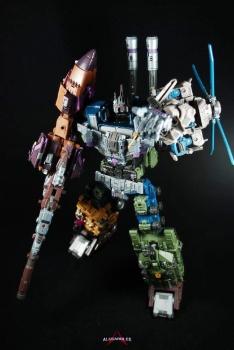 [Warbotron] Produit Tiers - Jouet WB01 aka Bruticus - Page 5 Ou3MWiYw
