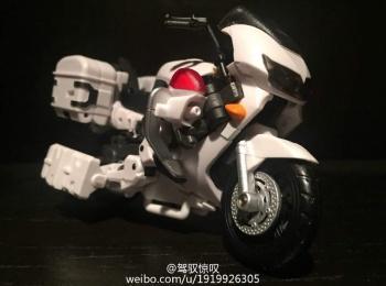 [MakeToys] Produit Tiers - Jouet MTCM-04 Guardia (aka Protectobots - Defensor/Defenso) - Page 2 RuXTdNW1