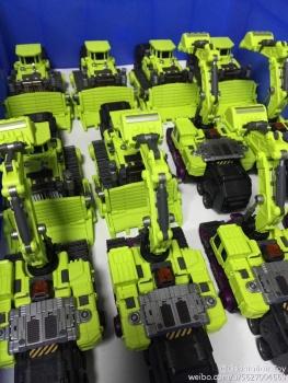[Generation Toy] Produit Tiers - Jouet GT-01 Gravity Builder - aka Devastator/Dévastateur - Page 3 VCxGpFWE