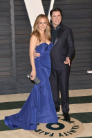 """Kelly Preston """"2015 Vanity Fair Oscar Party hosted by Graydon Carter at Wallis Annenberg Center for the Performing Arts in Beverly Hills"""" (22.02.2015) 46x  We3Vw69C"""