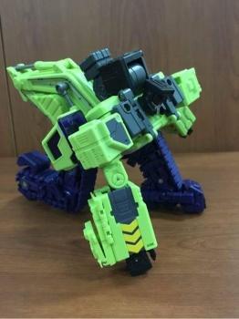 [Toyworld] Produit Tiers - Jouet TW-C Constructor aka Devastator/Dévastateur (Version vert G1 et jaune G2) - Page 3 YN3Qeu81