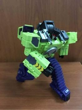 [Toyworld] Produit Tiers - Jouet TW-C Constructor aka Devastator/Dévastateur (Version vert G1 et jaune G2) - Page 3 AYqnoDSE