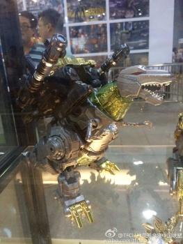 [GCreation] Produit Tiers - Jouet ShuraKing - aka Combiner Dinobots - Page 3 Hvz0Gg2s