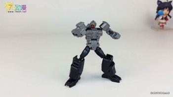 [X-Transbots] Produit Tiers - MX-II Andras - aka Scourge/Fléo - Page 2 KKa1yRJP