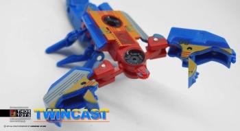 [KFC Toys] Produit Tiers - Jouet Transistor (aka Blaster/Tempo) + DoubleDeck (Twincast) + Fader (aka Eject/Éjecteur) + Rover (aka Autoscout) MXzuK8yP