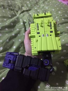 [Toyworld] Produit Tiers - Jouet TW-C Constructor aka Devastator/Dévastateur (Version vert G1 et jaune G2) - Page 3 NSNNhSrX