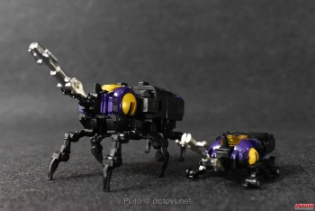 [Fanstoys] Produit Tiers - Jouet FT-12 Grenadier / FT-13 Mercenary / FT-14 Forager - aka Insecticons - Page 2 P1lt8DUo