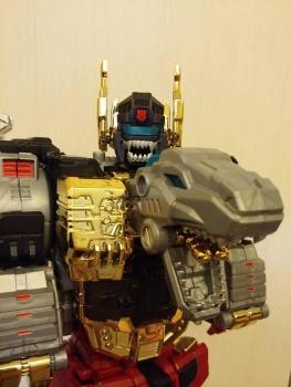 [Toyworld][Zeta Toys] Produit Tiers - Jouet TW-D aka Combiner Dinobots PJJ89vih