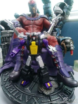 [Fanstoys] Produit Tiers - Jouet FT-12 Grenadier / FT-13 Mercenary / FT-14 Forager - aka Insecticons - Page 2 V2HVypQC