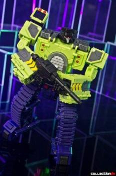 [Toyworld] Produit Tiers - Jouet TW-C Constructor aka Devastator/Dévastateur (Version vert G1 et jaune G2) - Page 4 VxDvNRJx