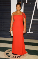 """Queen Latifah """"2015 Vanity Fair Oscar Party hosted by Graydon Carter at Wallis Annenberg Center for the Performing Arts in Beverly Hills"""" (22.02.2015) 23x Wa5oDvwK"""
