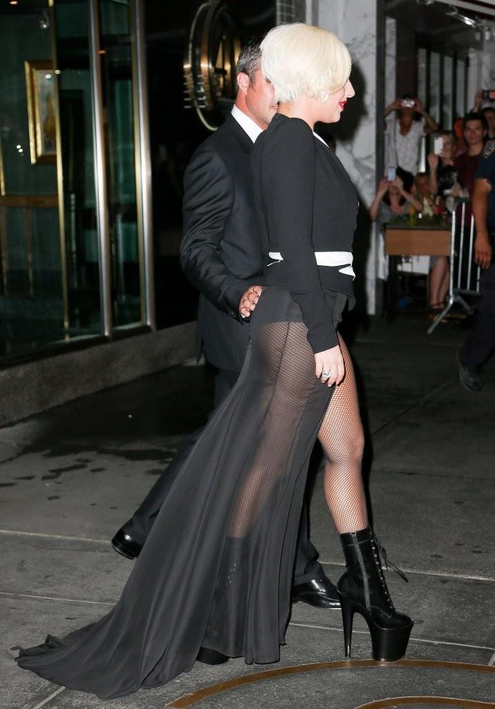 Lady Gaga and Taylor Kinney. - Page 3 Tumblr_nbhytpOQrp1rz7rr7o4_1280