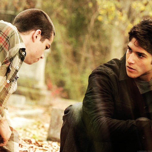 Tyler Posey and Dylan O'Brien - Page 7 Tumblr_mh1ujzydk21qbbseto1_500