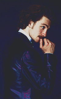 Aaron Johnson Tumblr_o2asoknkmP1u7ut5io6_250