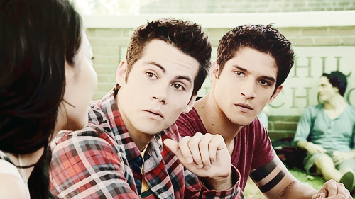 Tyler Posey and Dylan O'Brien - Page 4 Tumblr_n2109xxl8U1tuzjv4o2_500