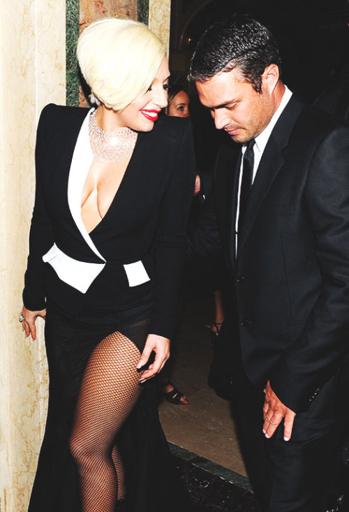 Lady Gaga and Taylor Kinney. - Page 2 Tumblr_ndpqdzOGCS1rz7rr7o1_r1_500
