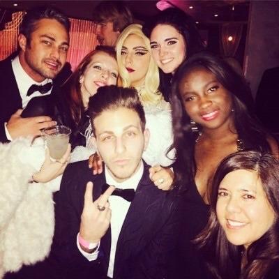 Lady Gaga and Taylor Kinney. Tumblr_nhioukphn11rz7rr7o2_400
