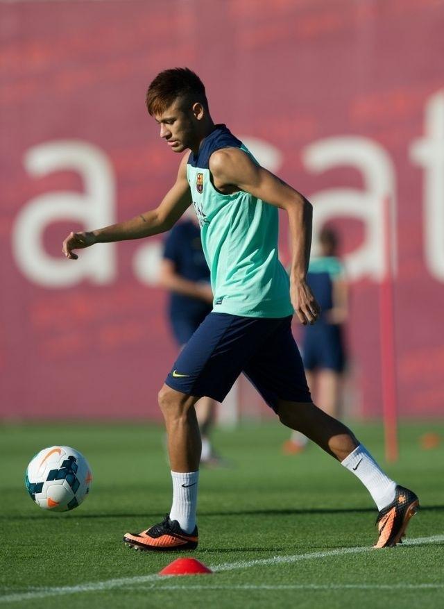 Neymar Jr. - Page 4 Tumblr_mqqj4ntPur1riawz0o1_1280