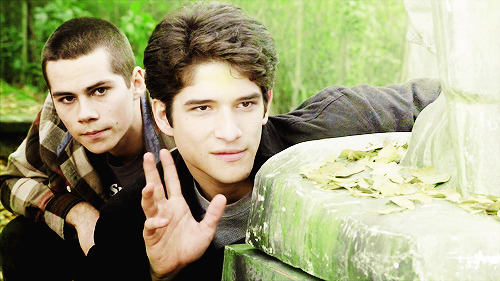 Tyler Posey and Dylan O'Brien - Page 4 Tumblr_n8rklrb30O1qf286vo2_500