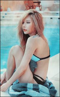 ☆ kim hyuna Tumblr_nw3ugw1kJ71txa1lko6_250