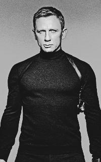 Daniel Craig - 200*320 Tumblr_o59i7hzVph1u7ut5io1_250