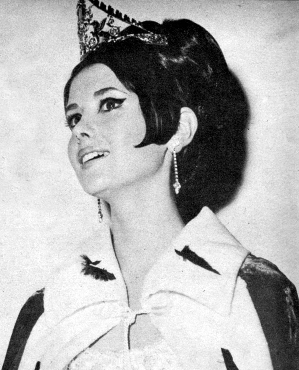 madeleine hartog-bell, primera peruana ser miss world. titulo de miss world 1967. semifinalista de miss universe 1966. Tumblr_o2bh6simoz1ttv0wmo1_1280