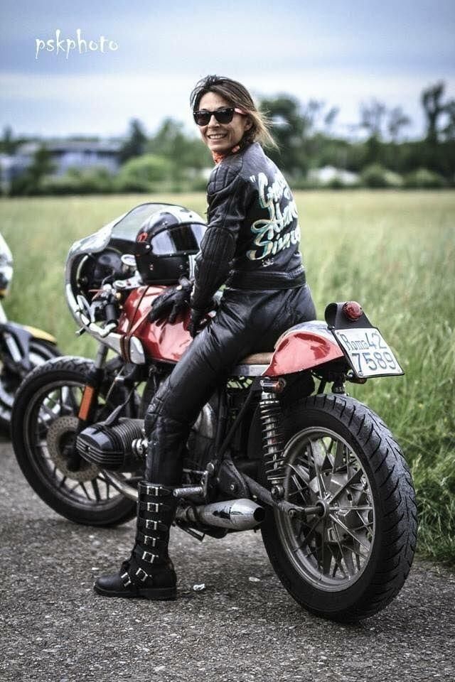 C'est ici qu'on met les bien molles....BMW Café Racer - Page 36 Tumblr_nq23m1znRS1tmv3evo1_1280
