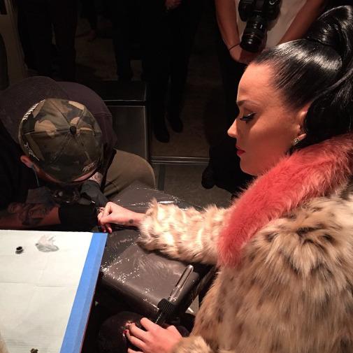 Katy Perry » Super Bowl XLIX Halftime Show (Pág. 1) | 2 PREMIOS EMMY | 121.5M de espectadores [II] Tumblr_nj4xt7nbDq1qzbagvo2_540