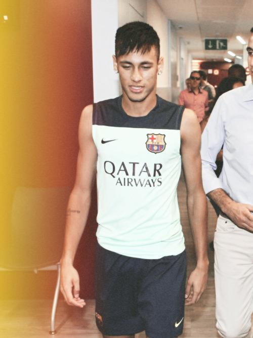 Neymar Jr. - Page 4 Tumblr_mnvl44gELi1riawz0o1_500