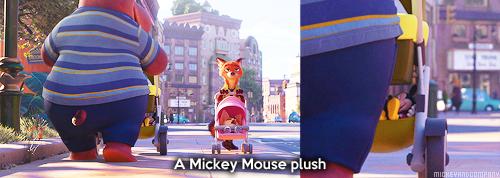 Similitudes et clins d'œil dans les films Disney ! - Page 44 Tumblr_o49nkeVeia1rf73xqo2_500