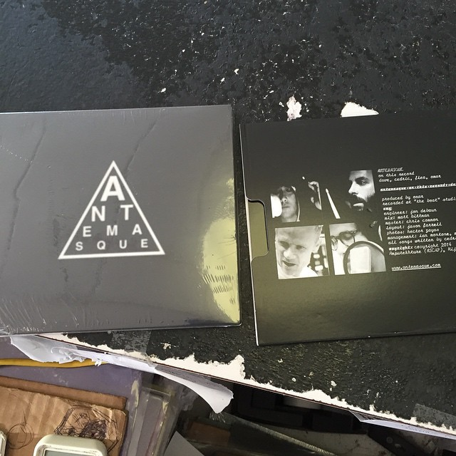 💚💛❤💙 ANTEMASQUE 💙❤💛💚 Nuevo disco, Saddle on the Atom Bomb - Página 12 Tumblr_neub3crnG11sps7pro1_1280