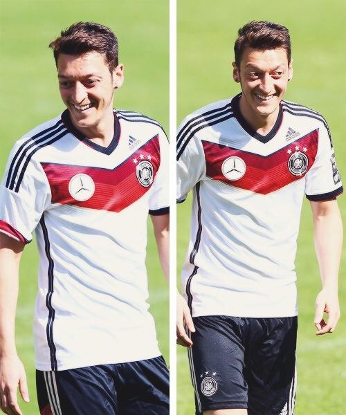 Mesut Ozil. - Page 3 Tumblr_n7j3i0Fkpi1qdknp9o1_500